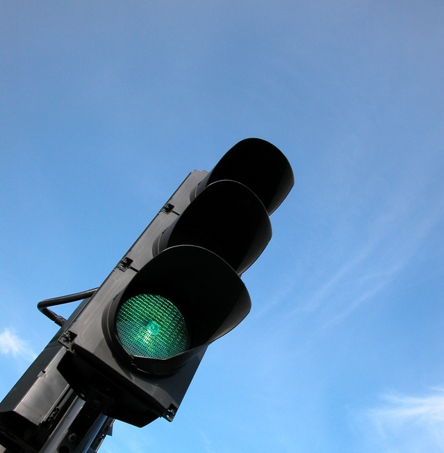 traffic-light-1-1455703-639x652.jpg