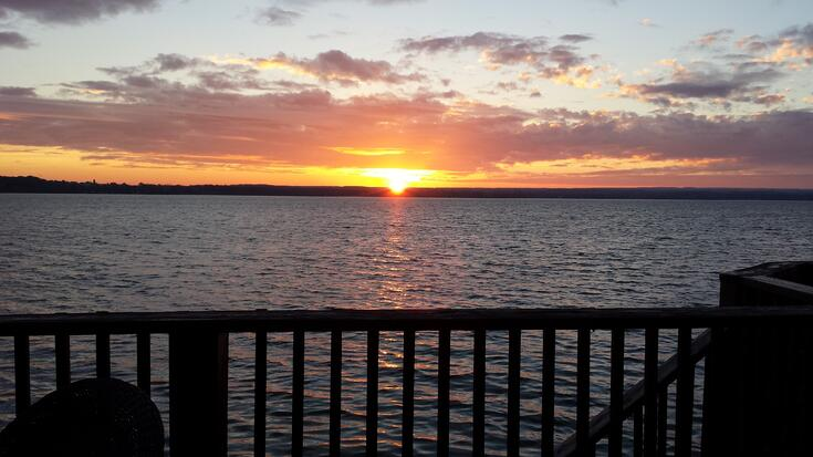 Sunrise Cayuga 14Oct13.jpg