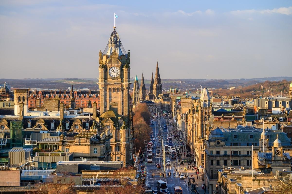 Edinburgh-5-620811-edited.jpg